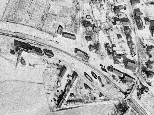 The Hillsdale station area on a snowy February day in 1944; not much had changed since 1912.